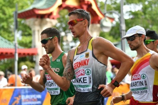 Christopher Linke (Mitte) hat die Medaille klar verpasst