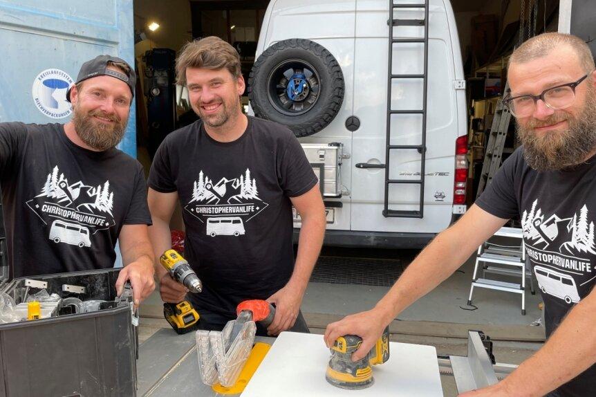 Chris Ittner, Christopher Möckel und Felix Georgi (v. l.) - sie sind die Macher hinter Christophervanlife, einem Start-up aus Schwarzenberg.