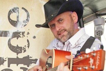 Für Musik und die passende Country-Stimmung sorgte am Samstagabend André Böhme von Hot Ride.