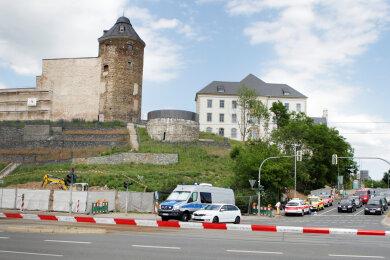 An den Schlossterrassenist am Donnerstagnachmittag eine Fliegerbombe aus dem Zweiten Weltkrieg gefunden worden.