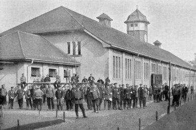 Das Kriegsgefangenenlager in Chemnitz-Ebersdorf in einer historischen Aufnahme aus den Kriegsjahren 1914/16.