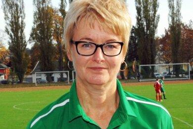 Kerstin Schnabel - Kassenwart des SV Merkur Oelsnitz - wurde kürzlich vom Vogtländischen Fußballverband als Ehrenamtlerin des Monats Oktober ausgezeichnet.