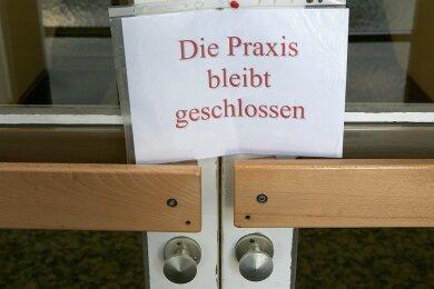 In Hohndorf schließt im Herbst die letzte Hausarztpraxis (Symbolbild). Ein Nachfolger ist nicht in Sicht - und auch in den umliegenden Gemeinden gibt es nicht ausreichend Allgemeinmediziner.