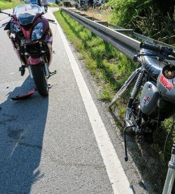 Bei diesem Unfall vor wenigen Tagen auf der B 101 zwischen Raschau und Markersbach wurde die 16-jährige Mopedfahrerin, die nach links abbiegen wollte, schwer verletzt.