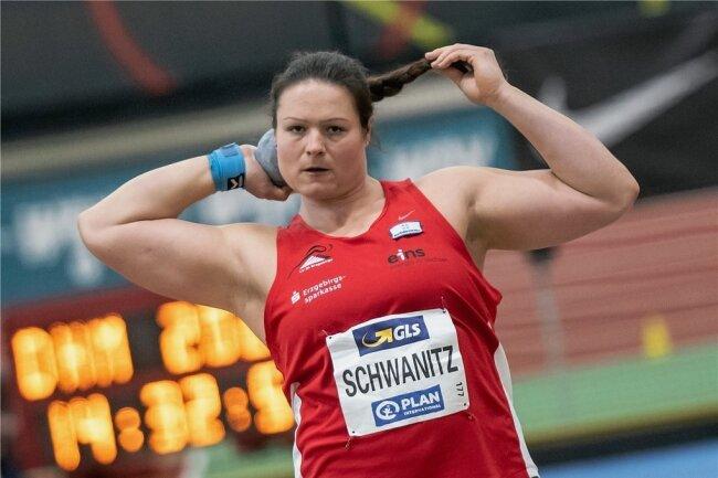 Christina Schwanitz ließ beim Gewinn des sechsten Hallenmeistertitels nichts anbrennen.