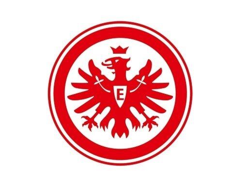 Eintracht Frankfurt stattet Cetin mit Profivertrag aus