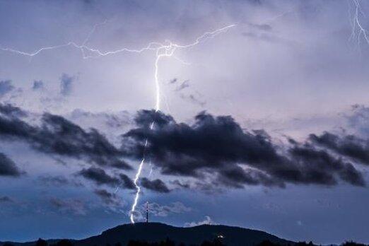 Warnung vor schweren Gewittern im Erzgebirgskreis aufgehoben