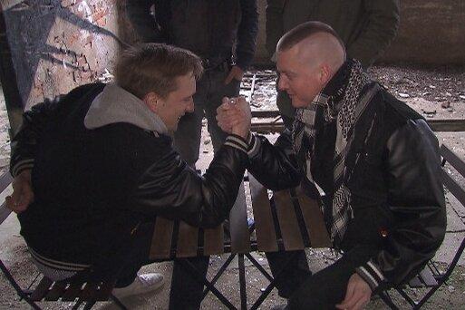 Kraftmeier: Kraftklub-Felix (links) und KIZ-Rapper Nico.