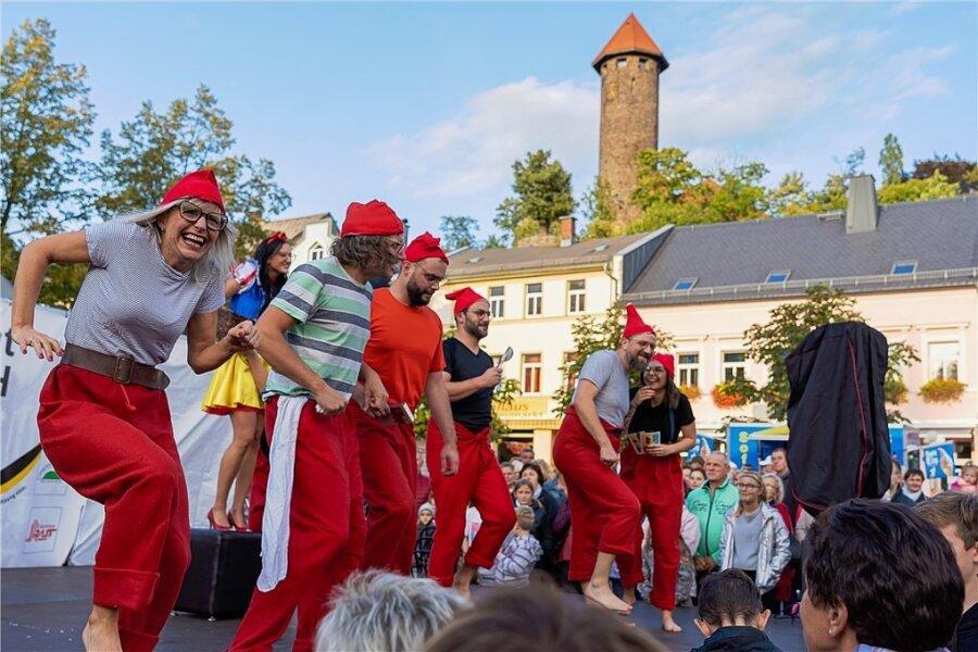 Die Einkaufsnacht in Auerbach ist alljährlich ein Ereignis. Im vorigen Jahr gab es unter anderem eine Modenschau zum Thema Märchen.