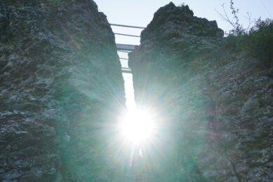 Der Topasfelsen Schneckenstein soll das Zentrum des künftigen Geoparks Sagenhaftes Vogtland sein. Er gehört schon jetzt den den gefragtestenBesucherattraktionen im obern Vogtland.