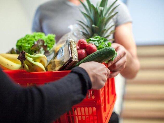 Auch gelieferte Lebensmittel müssen frisch sein. Schimmelige Ware können Verbraucher reklamieren.