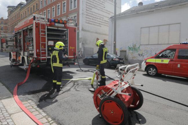 In einem leerstehenden Haus an der Lessingstraße auf dem Chemnitzer Sonnenberg ist am Samstagmittag ein Feuer ausgebrochen.