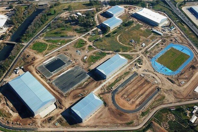 Die noch nicht ganz fertig gestellten Wettkampfstätten im Parque Roca werden nach den Spielen das Nationale Leistungssportzentrum beheimaten.