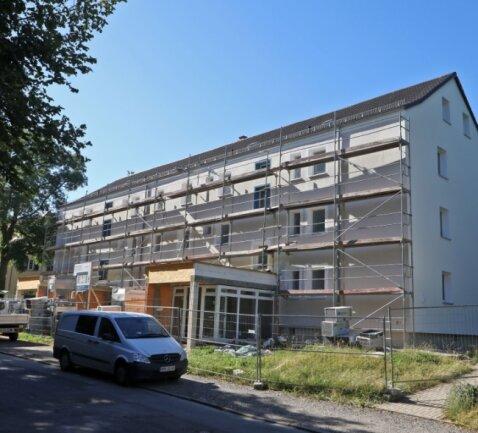 Die Wohnungsmodernisierungen an der Friedrich-Ebert-Straße in Glauchau sind auf der Zielgeraden.
