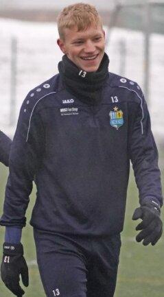 Max Roscher hat gut Lachen. Der Königswalder ist ins Männerteam des Chemnitzer FC beordert worden - mit 17Jahren.