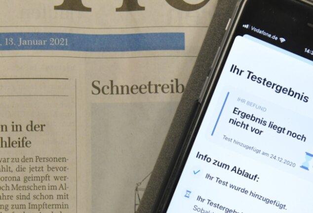 Technik ohne Effekt: Eine Freibergerin erhielt 13 Tage nach dem Test vom Arzt auf Nachfrage endlich ihr (negatives) Ergebnis. Die Corona-Warnapp auf ihrem Smartphone gibt dazu aber bislang keine Informationen.