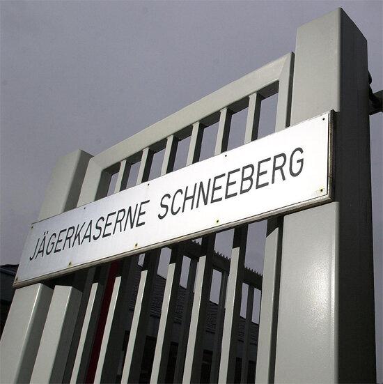 Die ehemalige Jägerkaserne in Schneeberg hat einen neuen Besitzer - schon wieder. Der Kaufvertrag mit einem bayerischen Unternehmer ist bereits unterzeichnet worden.