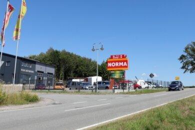 Der Gewerbestandort an der Staatsstraße 270 in Richtung Grünhain soll weiter wachsen. Dazu ist eine neue Entwässerung notwendig.