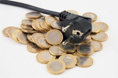 Wer jedes Jahr seinen Energieversorger wechselt, kann Geld sparen.