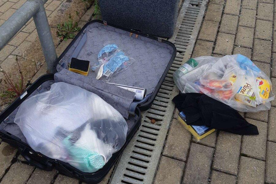 Dieser Koffer löste am Samstag einen Polizeieinsatz in Jocketa aus.