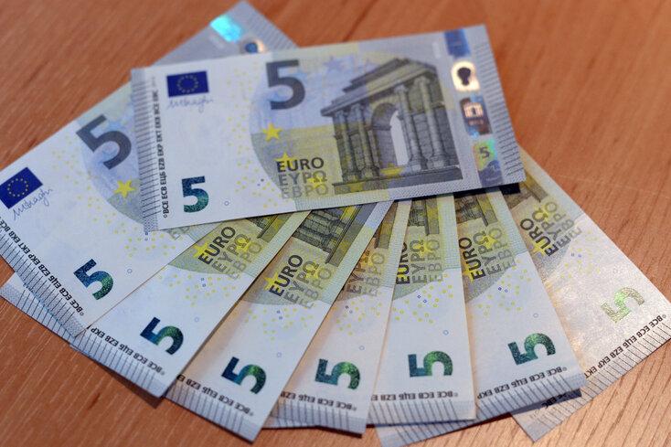 Mehr Sicherheit: Neuer Fünf-Euro-Schein kommt Anfang Mai in Umlauf