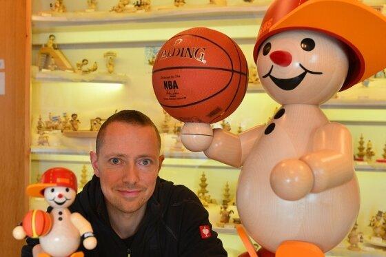 Basketball im Schneemannland