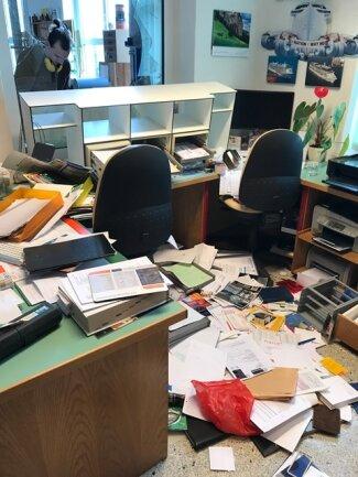 Das Büro der Tischlerei in Ellefeld nach dem Einbruch im April.