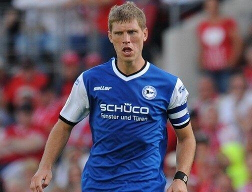 Sieg für Bielefeld - Fabian Klos erzielt das 2:0