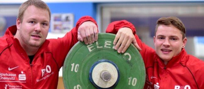 Vom Chemnitzer AC starten Max Lang (Klasse bis 77 kg, rechts) und Robby Behm (-94 kg) bei der WM in Houston (Texas).