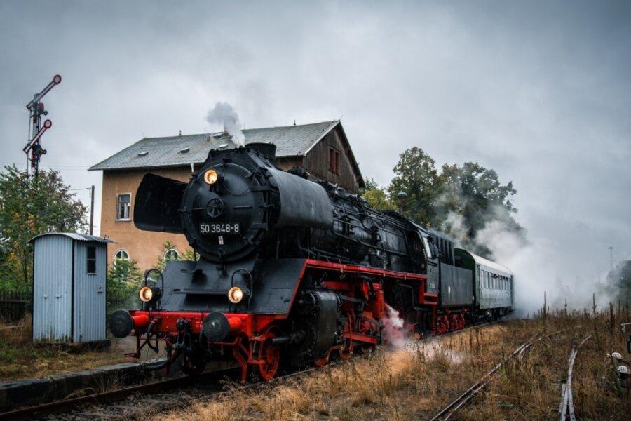 Vogtlandrundfahrt: Mit Dampf ins Gebirge