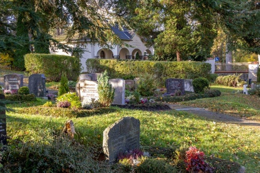 Der Friedhof in Kleinrückerswalde soll zu einem Ort der Würde und Begegnung umgestaltet werden. Dazu zählt auch die Sanierung der Friedhofshalle.