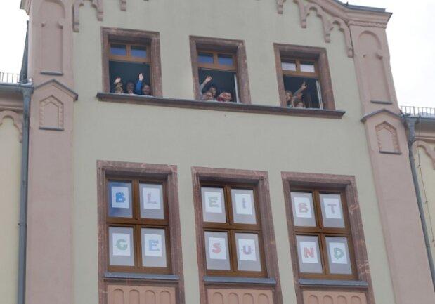 Die Kinder aus der Notbetreuung in der Kirchberger Ernst-Schneller-Grundschule.