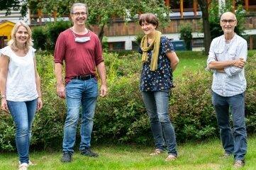 Sie halfen den Schülern: Grafikerin Stefanie Hartmann, Künstler Rolf Büttner, Designerin Constanze Riedel-Sturge und Fotograf Dirk Hanus (von links).