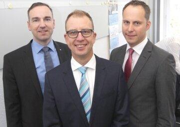Bankberater aus Chemnitz vom Bundesverband deutscher Banken berieten am Lesertelefon: Karsten Lohr, Daniel Arnold und Robert Wolf (v.I.).