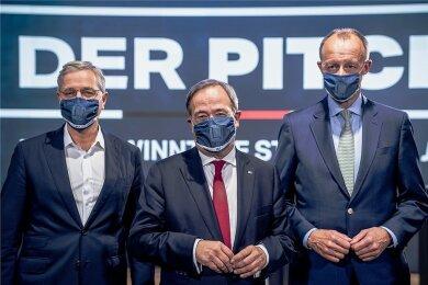 Diese drei Kandidaten bewerben sich für den Bundesvorsitz der CDU: Armin Laschet (Mitte), Friedrich Merz (rechts) und Norbert Röttgen. Im Januar soll sich entscheiden, wer von ihnen zum Zuge kommt.
