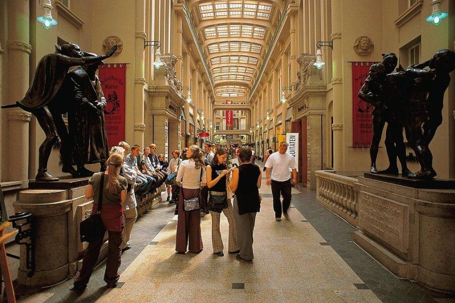 """Die Mädler-Passage mit dem Eingang zum Restaurant """"Auerbachs Keller"""" steht für die klassischen Reiseziele in Leipzig. Die Stadt punktet aber auch mit ihrer vielfältigen Kulturszene."""
