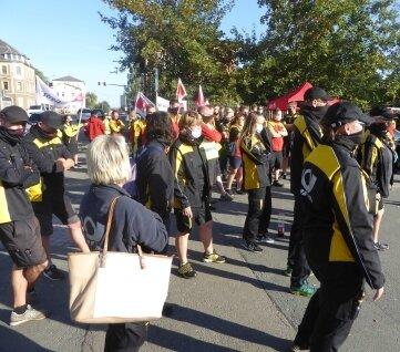 Postmitarbeiter haben am Freitagvormittag in Zwickau gestreikt.