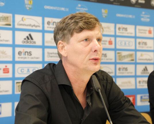 """Aufsichtsratschef Uwe Bauch sagt: """"Dieser Schritt tut allen himmelblauen Fans weh, er ist auch für die Stadt Chemnitz sehr traurig."""""""