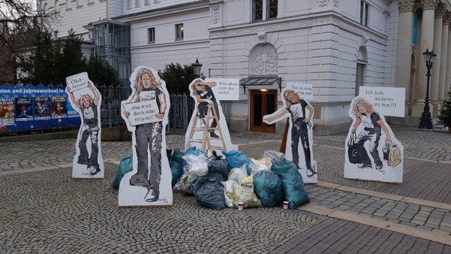 Eine Kunstinstallation von Dirk Söllner auf dem Theaterplatz in Plauen.