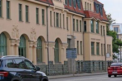 Der Gaugele-Bau wird zur Sparkassenfiliale.