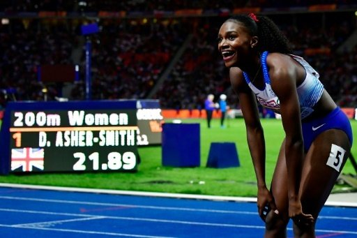 Dina Asher-Smith wird ihrer Favoritenrolle gerecht