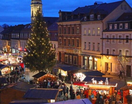 Auch in Corona-Zeiten will die Stadt Werdau nicht auf einen Weihnachtsmarkt verzichten. Dennoch wird das bunte Treiben in diesem Jahr etwas anders verlaufen.