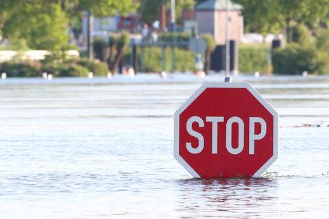 Flutkatastrophe spitzt sich zu