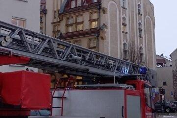 Die Feuerwehr rückte mit einem Großaufgebot an.