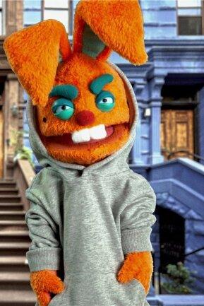So sieht er sich selbst: In seinen aktuellen Videos lässt sich Edgar Wasser als oranger Hase spielen.