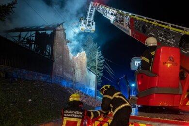 Für den Brandeinsatz der Drehleiter musste die Stromversorgung am Ort des Geschehens unterbrochen werden.
