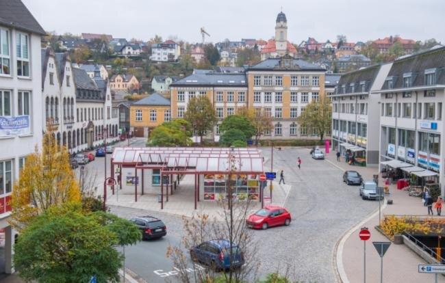 Blick auf den Auer Postplatz.