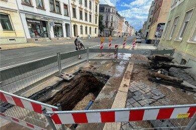 Der Schaden an dem etwa 1,20 Meter langen defekten Wasserrohr war schon am Montagnachmittag behoben.