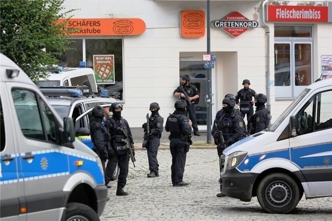 Mit einem Großaufgebot hatte Polizeibeamte im Juni 2018 in Limbach-Oberfrohna und Umgebung nach dem flüchtigen Mann gesucht.