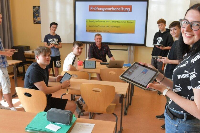 I-Pad-Klasse der Zetkin-Schule für Prüfungen gut gerüstet